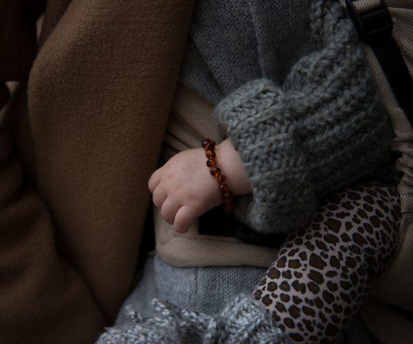barnsteen-armband-baby