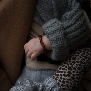 barnsteen-armband-newborn